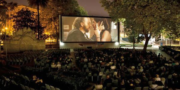 Risultati immagini per cinema all'aperto villaricca